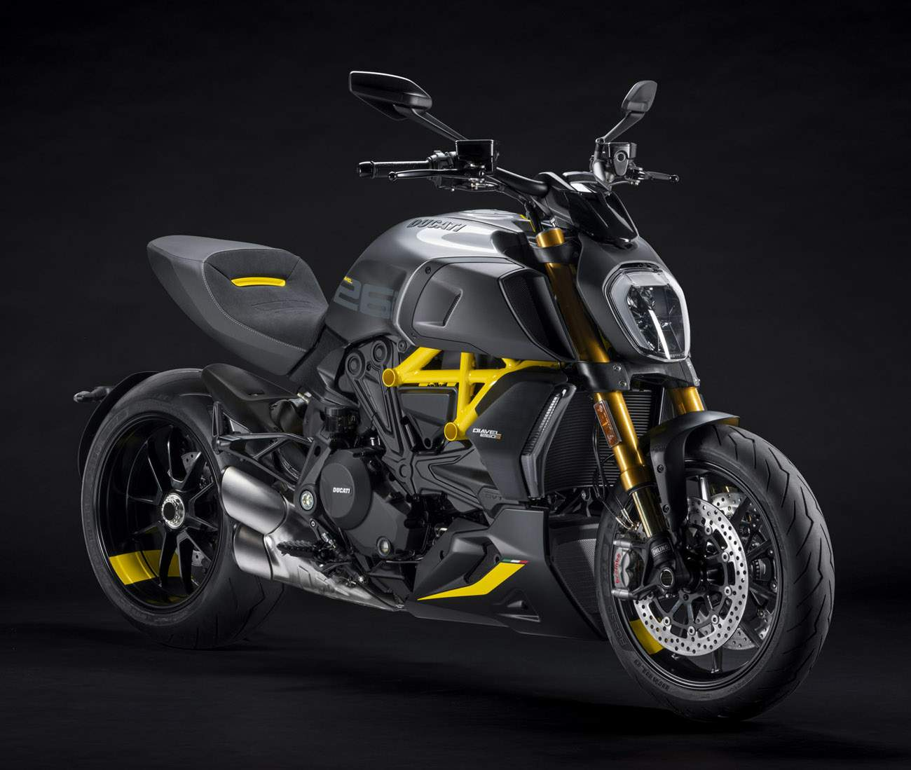 Ducati Diavel 1260 S Black and Steel technical specifications